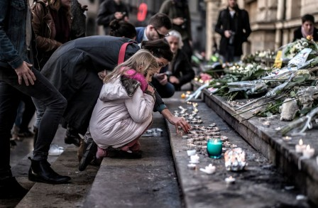 Attentats : nos gouvernements se radicalisent