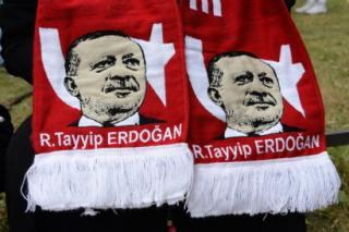 """Turquie : """"la naturalisation des Syriens fait polémique"""""""