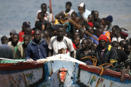 """Invasion migratoire : """"L'aide au développement de l'Afrique aide les gens à partir"""""""