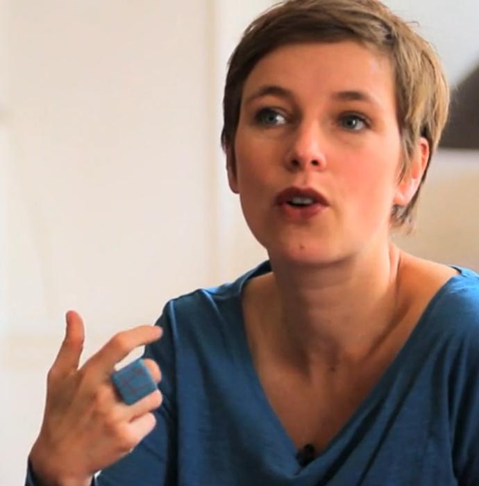 """Clémentine Autain dénonce la levée d'immunité de Marine Le Pen : """"Où est sa liberté d'expression ?"""""""