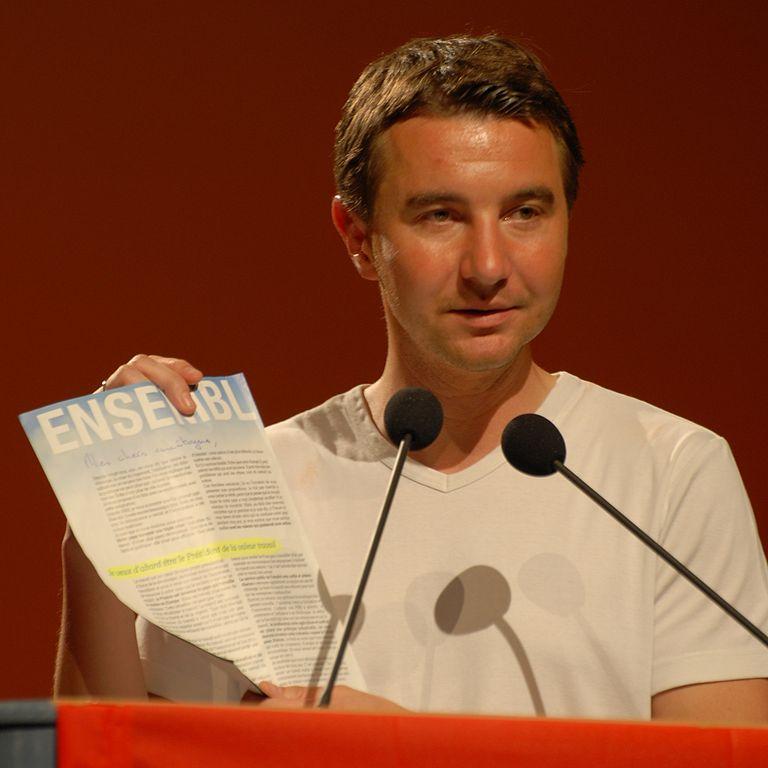"""Olivier Besancenot, très sérieux : """"On ne chasse pas, nous, les gens des manifestations"""" (sic)"""