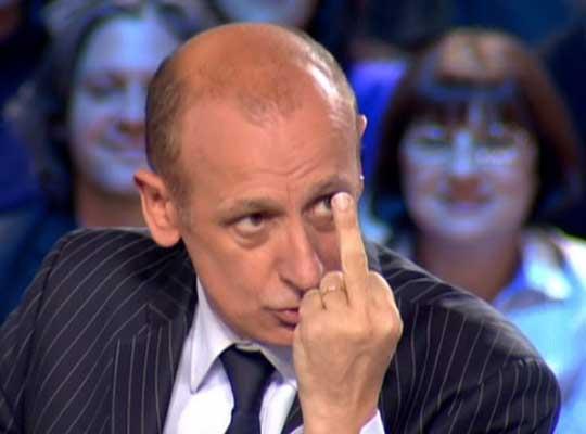 """Aphathie traite Zemmour de """"cochon de la pensée"""" (VIDÉO)"""