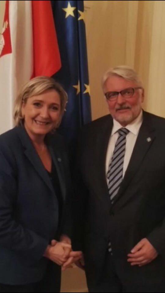 La France FN et le Groupe de Visegrad : visions divergentes sur l'UE