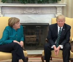 Quand Trump refuse de serrer la main à Merkel