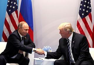 Attentat déjoué contre une cathédrale de Russie : Poutine remercie Trump