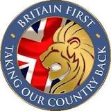 Royaume-Uni : Britain First et ses opposants manifestent à Belfast