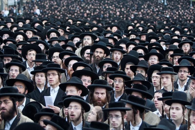 Plongée dans le monde des Haredim, les ultras d'Israël