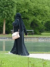 Redoine Faïd revêtait un voile intégral pour sortir dans les rues de Creil en toute discrétion…
