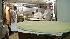 5 kg de pâte, 7 kg de poudre d'amande mais pas de fève pour la galette des rois de l'Élysée