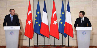 Les faux réfugiés, les traîtres et les Turcs
