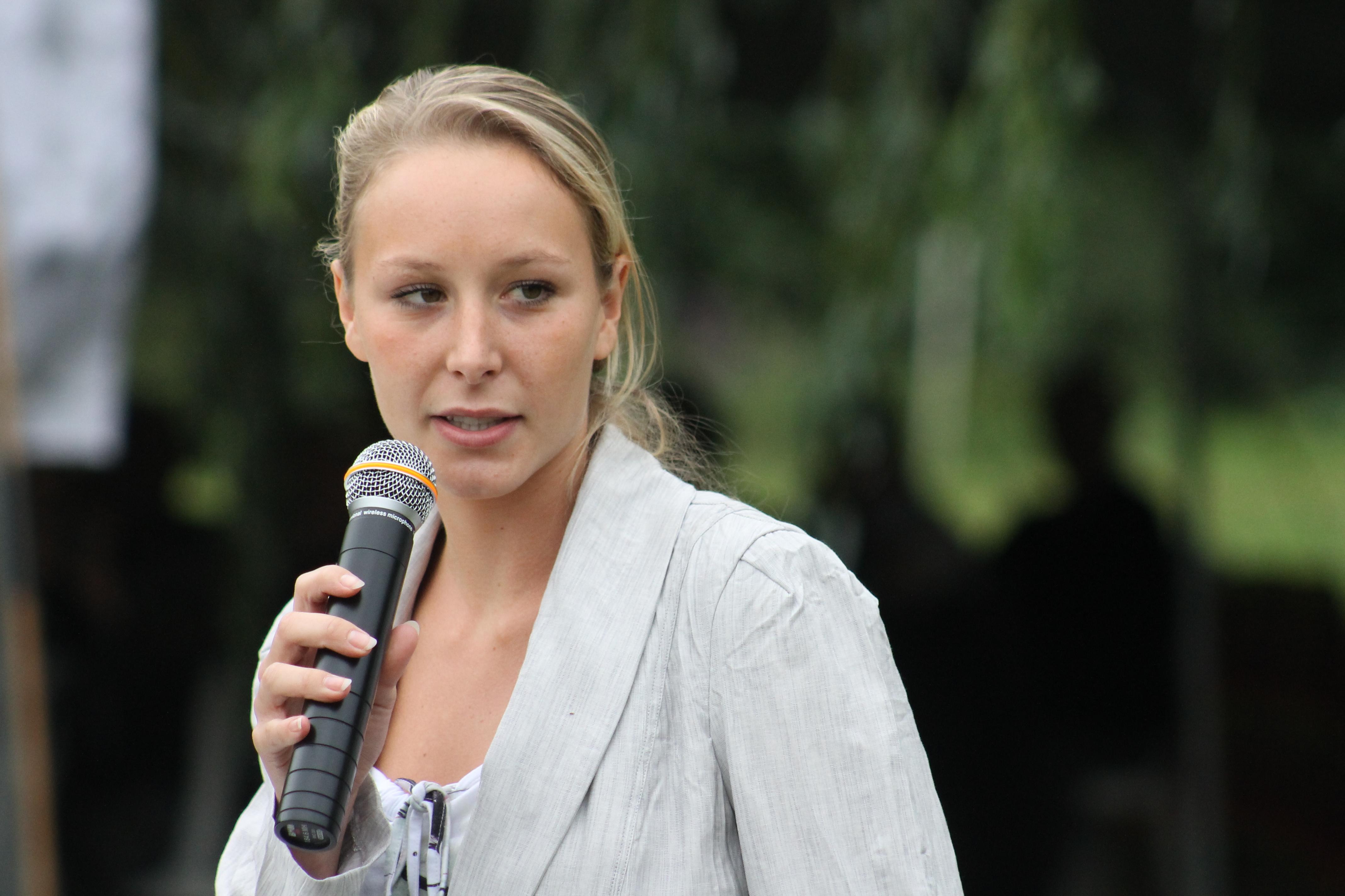 Marion Maréchal-Le Pen : son retour donne des sueurs froides à Laurent Wauquiez et Marine Le Pen