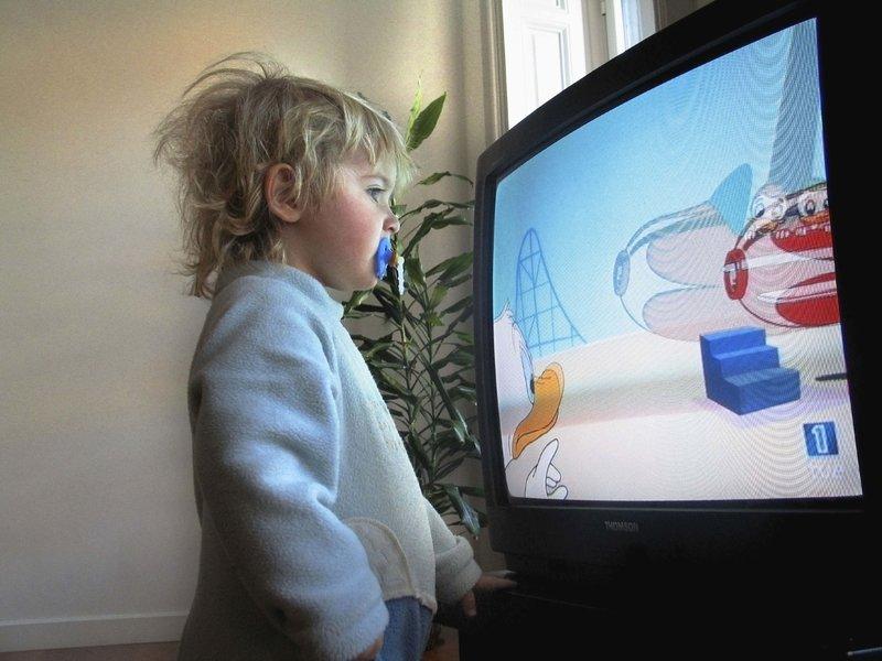 Exposer ses enfants aux écrans ? Attention, danger !