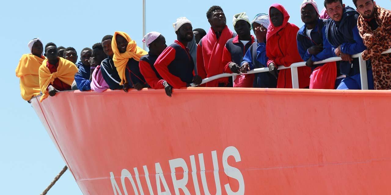 """Aquarius à Marseille : """"Pour l'instant, la France dit non"""", assure Bruno Le Maire"""