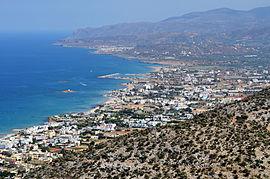 Malia (Crète) ne veut plus des jeunes Anglais dégénérés qui boivent comme des trous et préfèrent les familles ainsi que les retraités