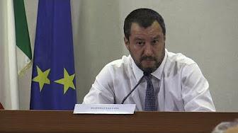 """Salvini sur les clandestins : """"Si Orbán est méchant, Macron est 15 fois plus méchant"""""""