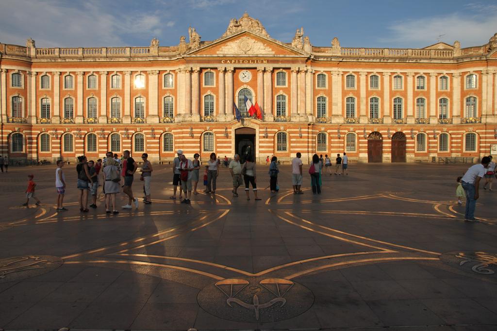 Toulouse : la mairie part à la chasse aux dépenses inutiles