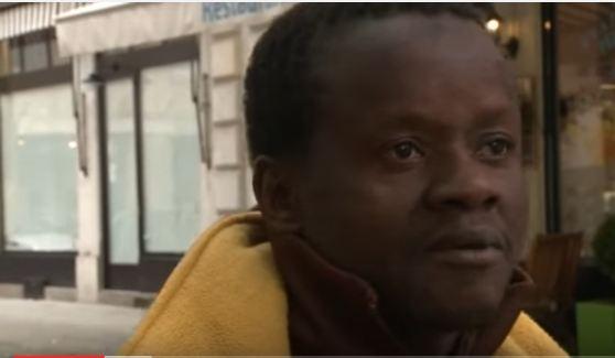 """Omar, clandestin : """"Je veux rentrer au village, c'est mieux pour moi"""""""