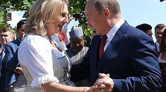 Vladimir Poutine au mariage d'une ministre autrichienne