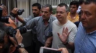 Turquie : le pasteur américain Brunson condamné à trois ans de prison, mais remis en liberté