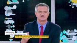 """""""Nous arrivons à un moment qui est dangereux pour notre pays"""" : Jean Lassalle explique pourquoi il a porté un gilet jaune à l'Assemblée"""