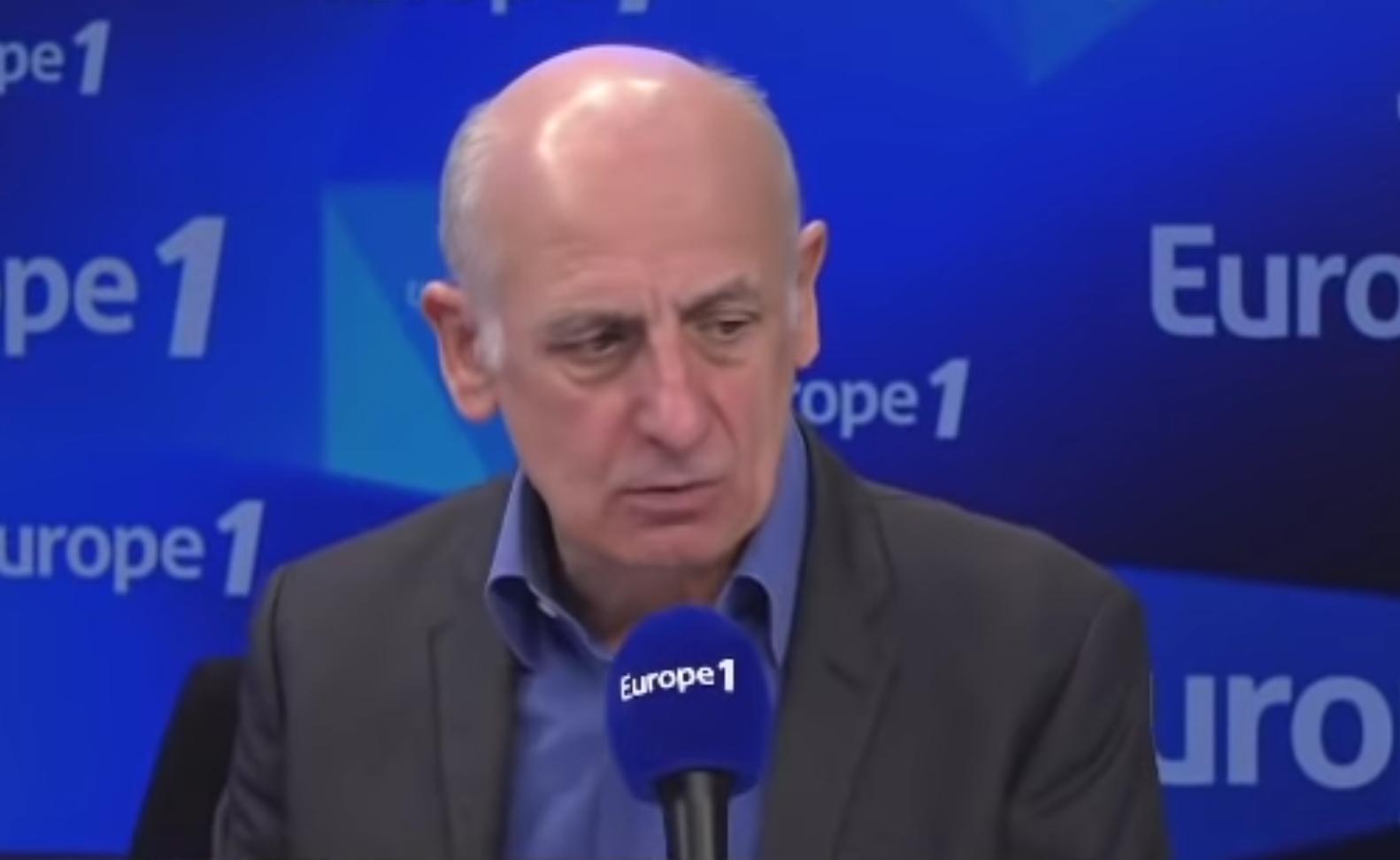 Jean-Michel Aphatie disjoncte après l'annonce de la diffusion de la messe de l'Assomption le 15 août prochain sur C8