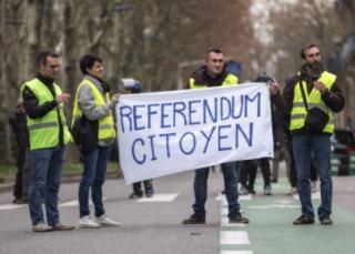 Du référendum du prétendu populisme