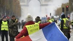Demandez-vous la démission d'Emmanuel Macron ? 🔥 Micro-trottoir chez les gilets jaunes (VIDÉO)