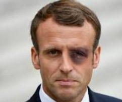 """Gilets Jaunes : Emmanuel Macron dénonce la """"tyrannie d'une minorité"""""""