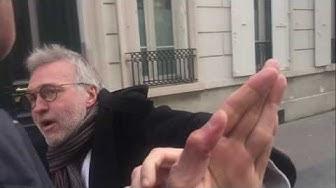 Fou furieux, Laurent Ruquier agresse physiquement le journaliste gilet jaune (VIDÉO)