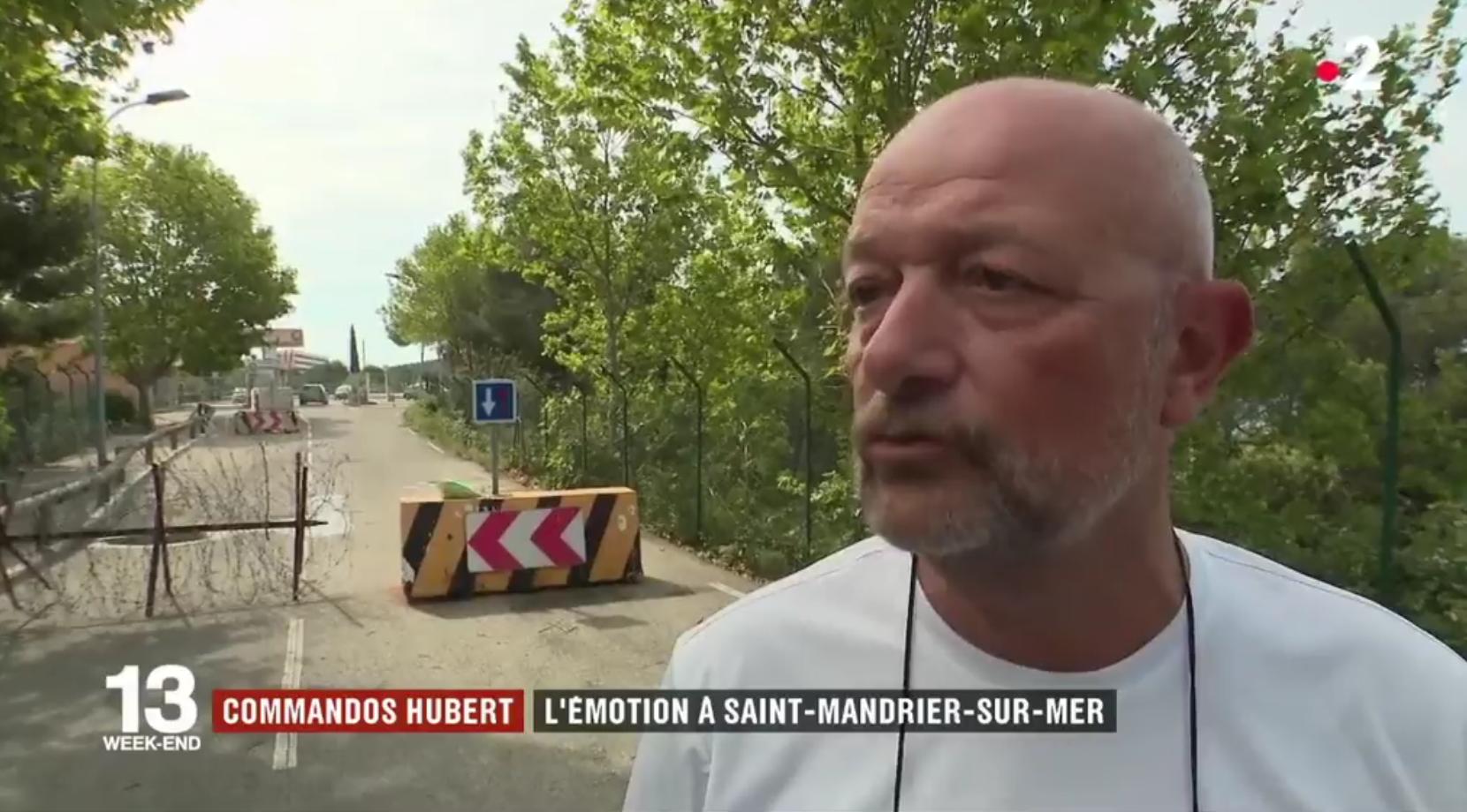 Var : l'émotion dans le village de la base militaire des deux soldats tués (VIDÉO)