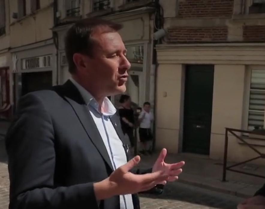Ces maires qui pleurent leur centre-ville mais ouvrent des grandes surfaces en périphérie (VIDÉO)