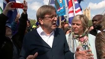 """L'Européiste extrémiste Guy Verhofstadt dépeint comme """"répugnant' par """"The Sun"""""""