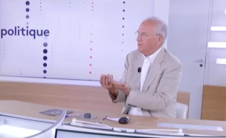 """Gilles Carrez : """"Il n'y a rien de déshonorant à dîner avec Marion Maréchal dans un cadre privé. C'est la dictature de la pensée unique"""" (VIDÉO)"""