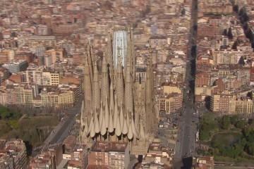 A quoi ressemblera la Sagrada Familia une fois achevée ? (VIDÉO)