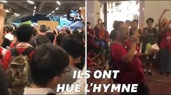 Des supporters hongkongais couvrent l'hymne chinois de chants pro-démocratie pendant un match (VIDÉO)