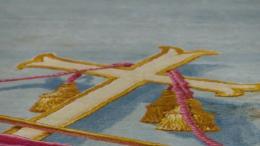 La mission de sauvetage du tapis miraculé de l'incendie de Notre-Dame (VIDÉO)