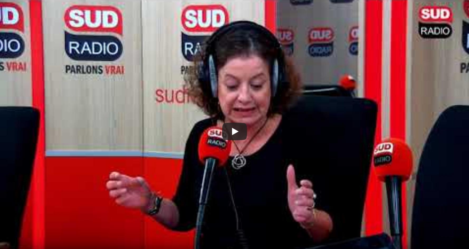 """Élisabeth Lévy : """"Il y a une propagande frénétique qui nous explique que l'immigration est un fantasme !"""" (VIDÉO)"""