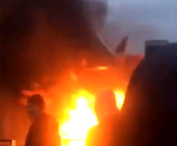 Nantes : un lycée neuf incendiée pour la 2e fois en 2 jours (consécutifs)… (VIDÉO)