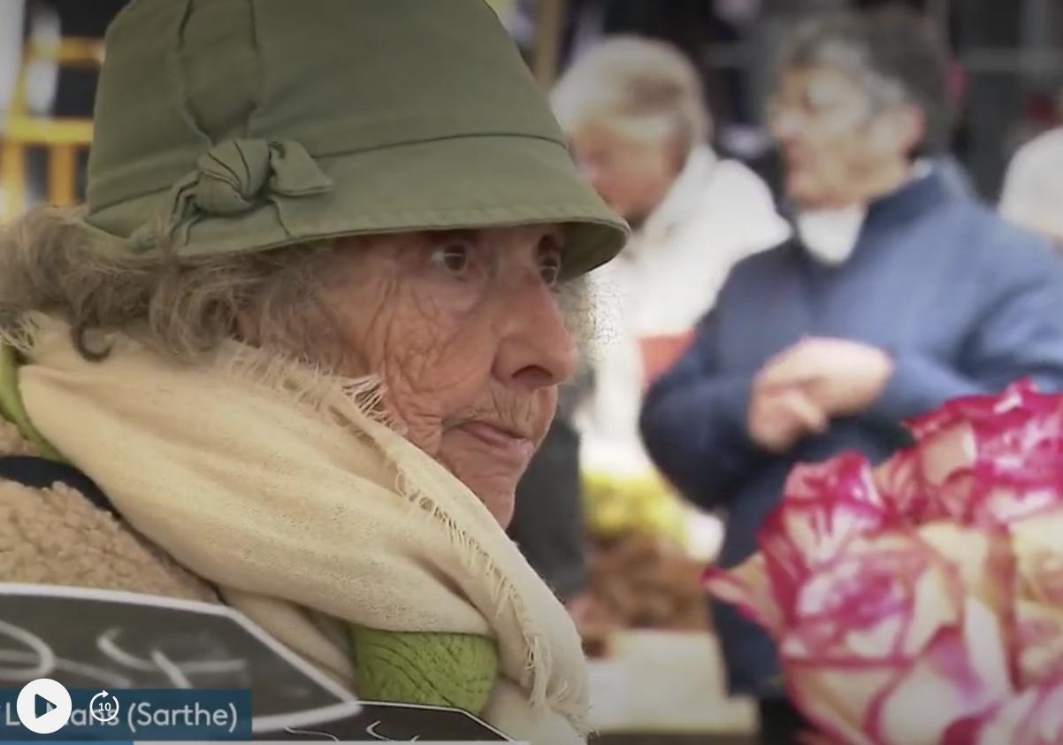 Sarthe : Suzanne, fleuriste au Mans à 86 ans (RENCONTRE)