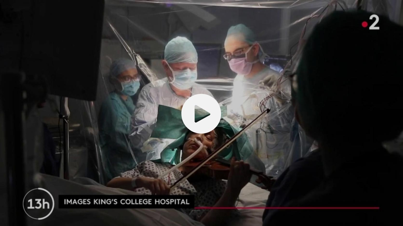 Royaume-Uni : atteinte d'une tumeur au cerveau, une musicienne joue du violon en pleine opération (VIDÉO)