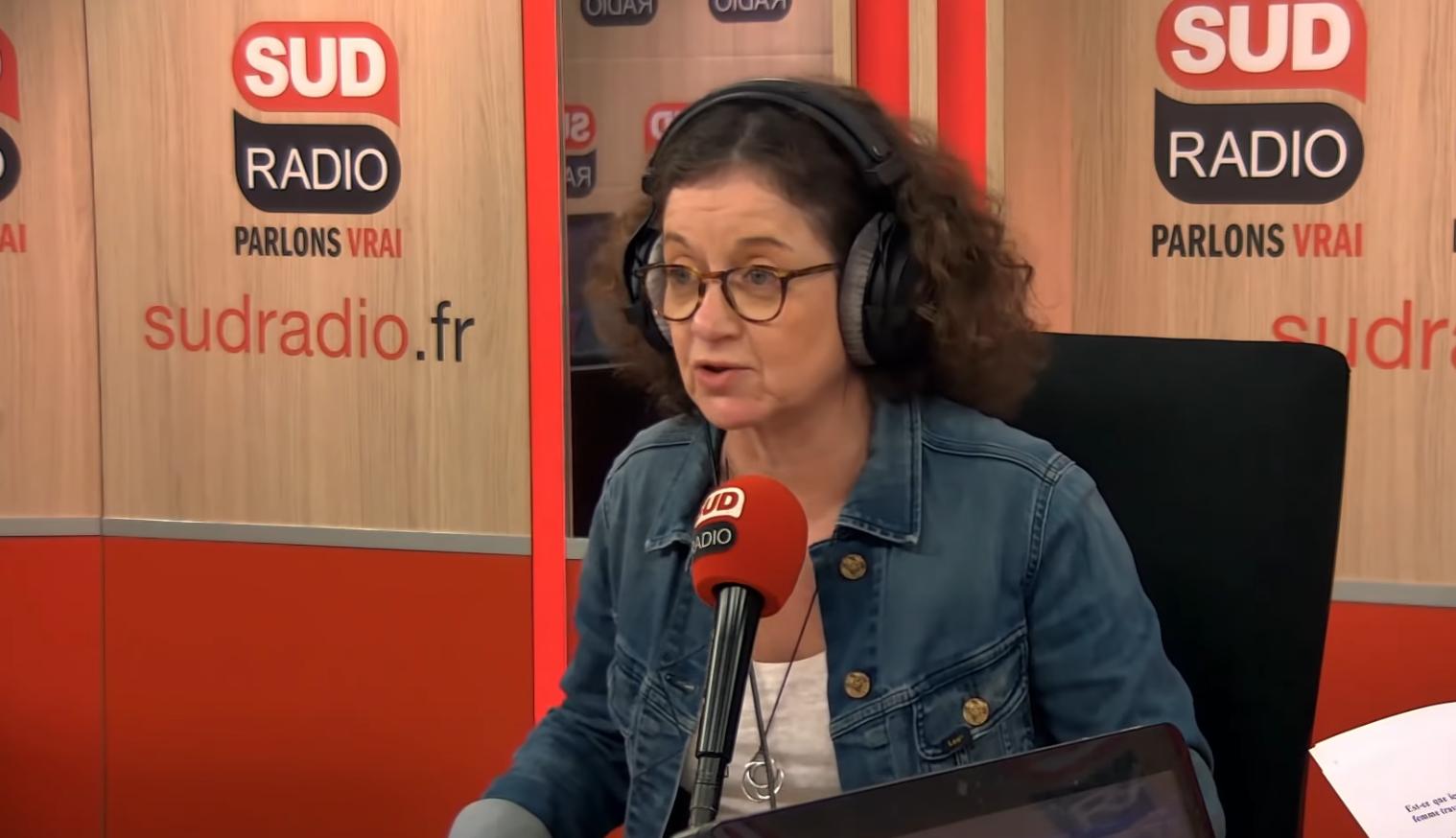 """Élisabeth Lévy : """"Il est normal que les religions minoritaires en France aient moins de visibilité"""" (VIDÉO)"""