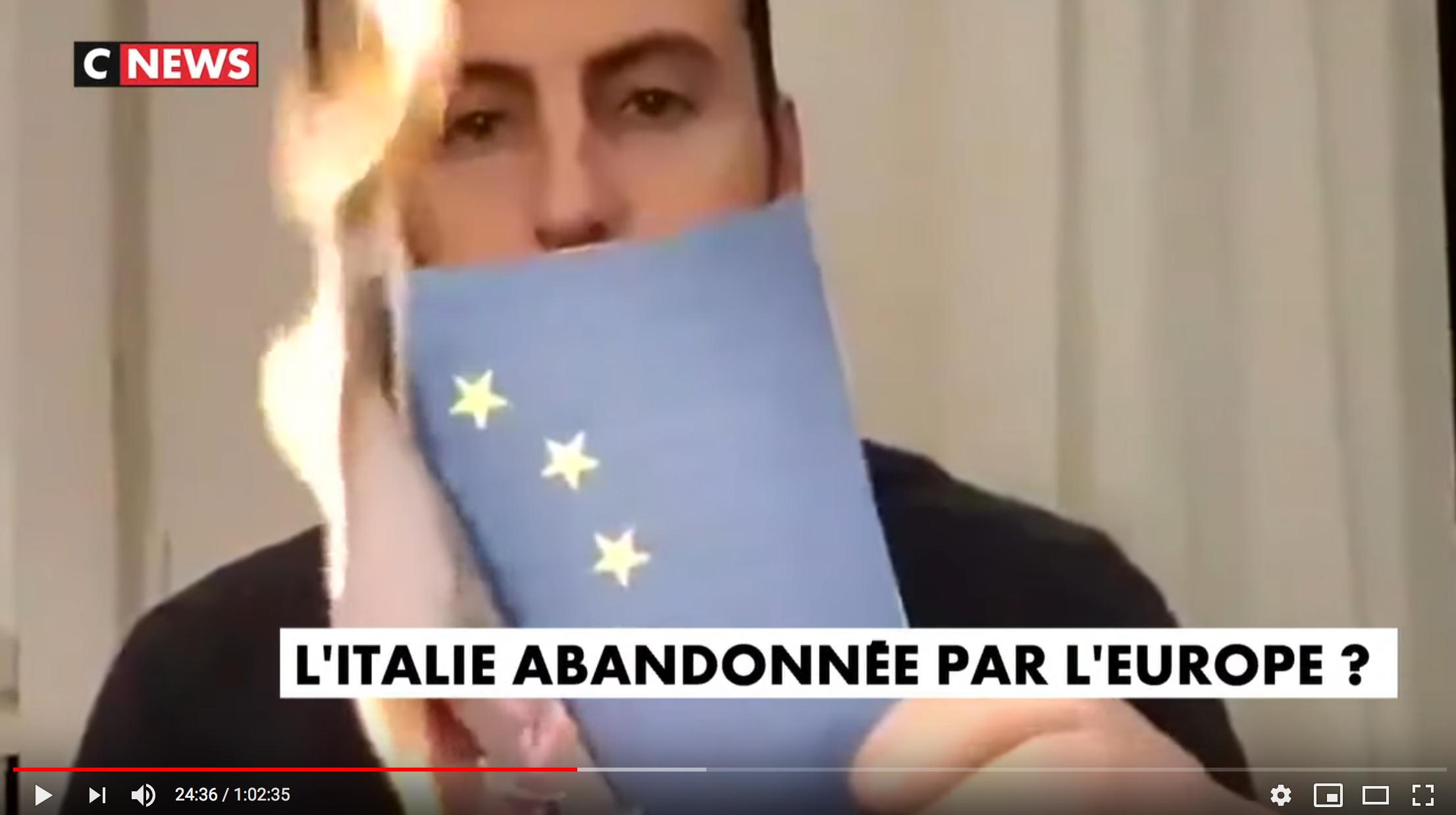 """Des Italiens brûlent le drapeau européen : """"Les partisans de l'Europe tremblent"""" (Éric Zemmour)"""