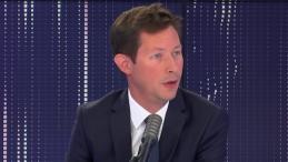 """François-Xavier Bellamy : """"Je ne vois pas ce qui empêcherait Eric Zemmour de participer au congrès des Républicains"""" (VIDÉO)"""