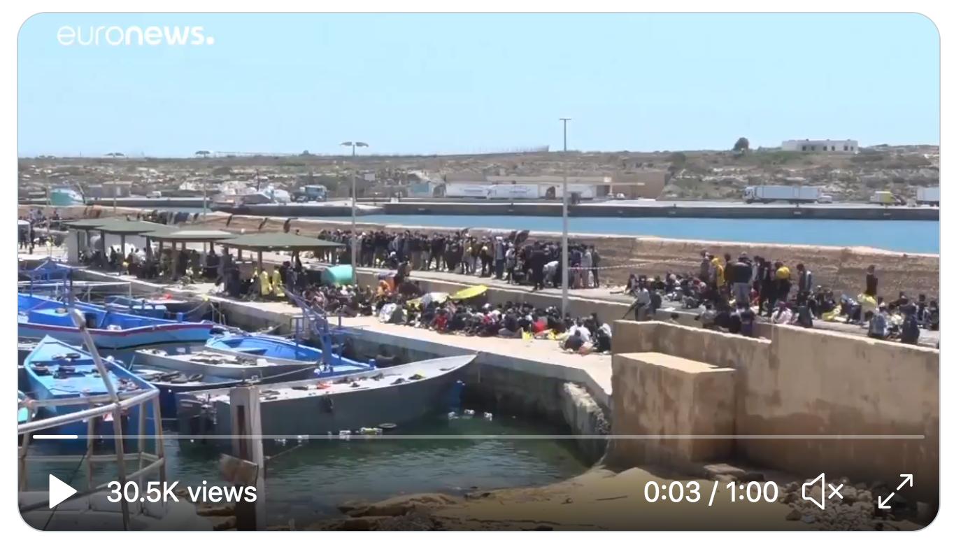Italie : 2 100 immigrés sont arrivés à Lampedusa en 24h… (VIDÉO)