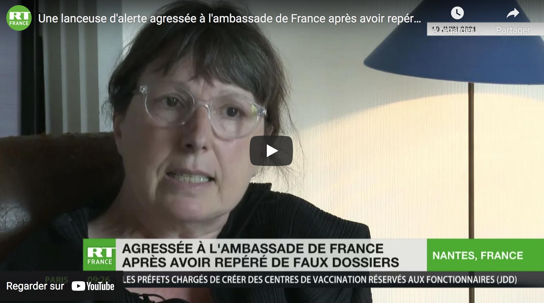 Une lanceuse d'alerte agressée à l'ambassade de France après avoir repéré de faux dossiers (VIDÉO)