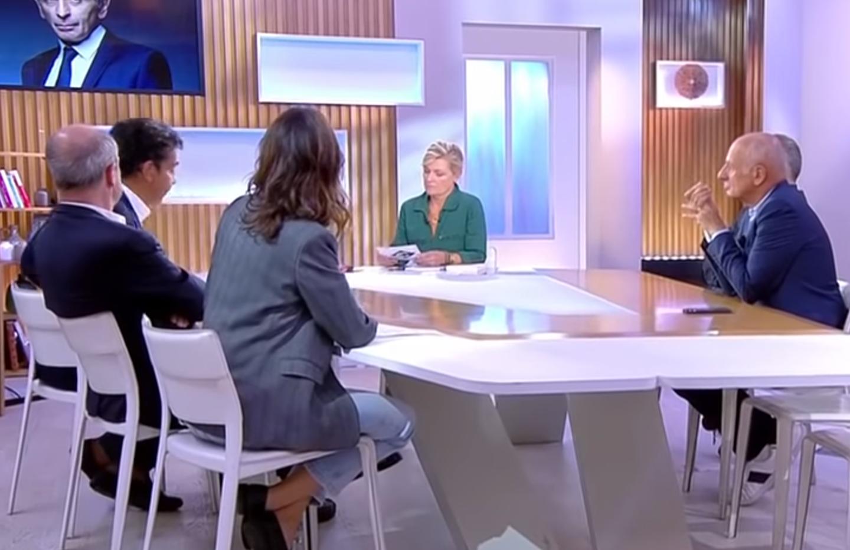 """Dans """"C à Vous"""" (France 5), discussion entre personnalités haineuses de gauche sur Éric Zemmour : Patrick Cohen, Jean-Michel Aphatie, Thomas Legrand et Michel Denisot (VIDÉO)"""