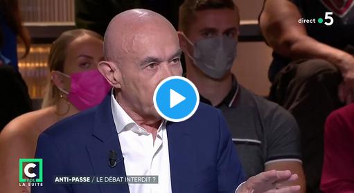 Le sénateur Claude Malhuret à propos des opposants au pass sanitaire : « Ils continuent à être dans la rue, je pense qu'ils devraient être dans leur cave » (VIDÉO)