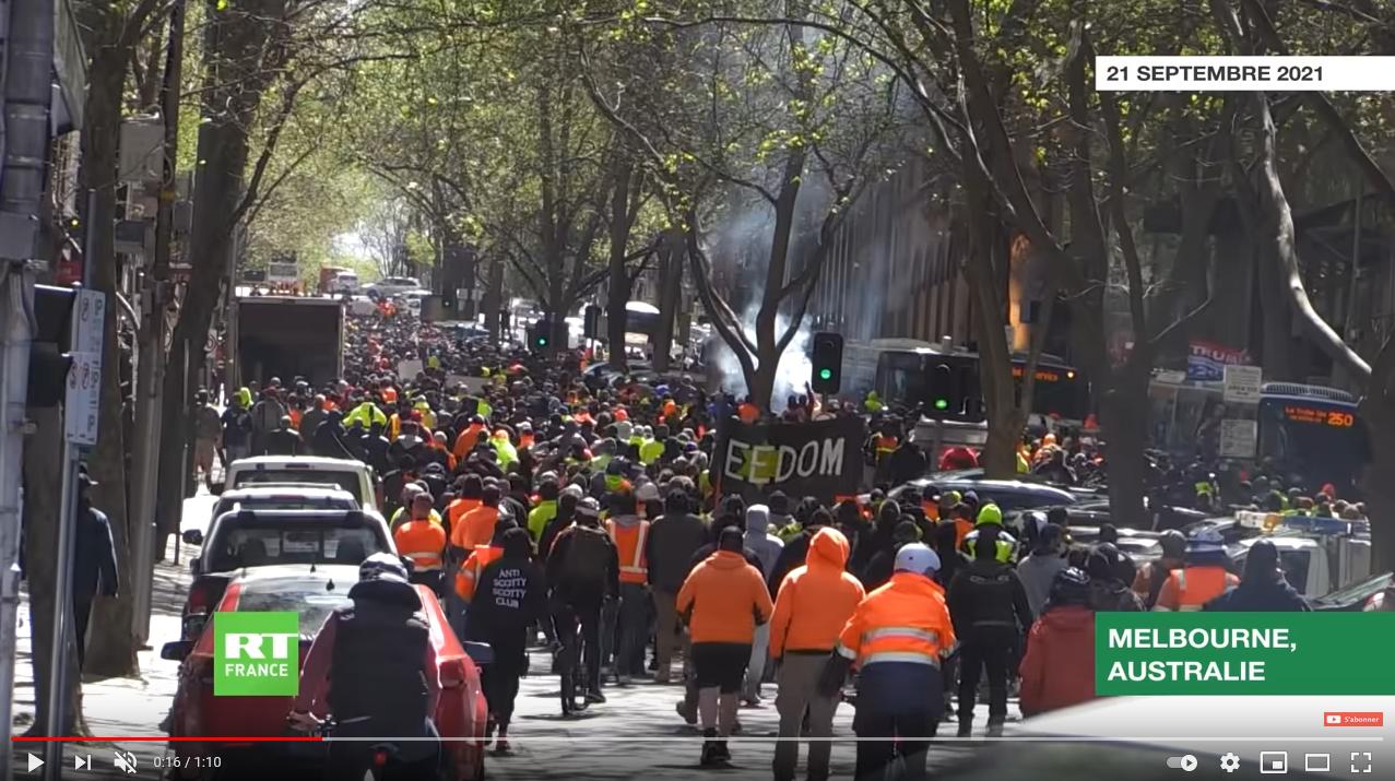 Vaccination obligatoire pour les ouvriers du bâtiment : troisième jour d'affrontements à Melbourne, en Australie (VIDEO)